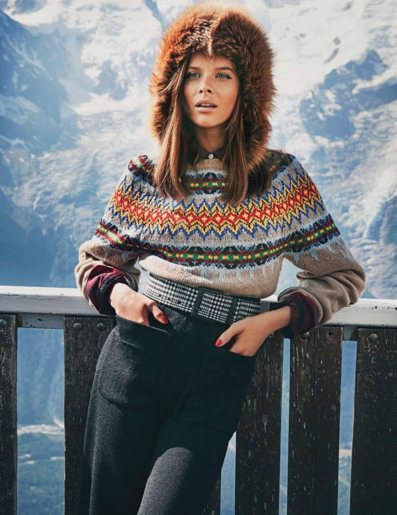 свитер из шерсти и кашемира, Gucci; рубашка, Uniqlo; брюки из шерсти, Veronique Leroy; шапка из меха лисы, Sprung Frères; ремень, Lanvin