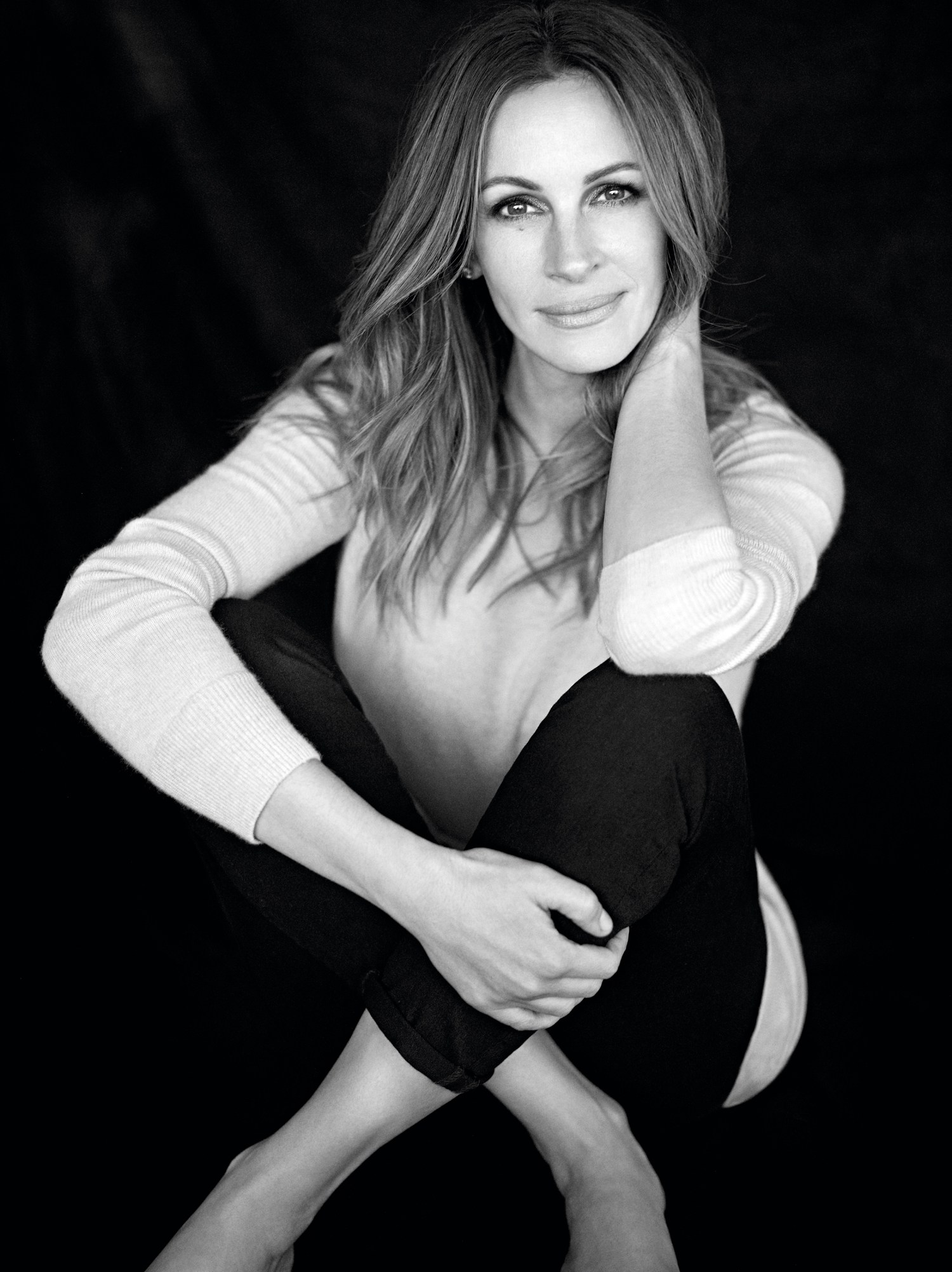 madame-figaro-november-2016-julia-roberts-by-carter-smith-00