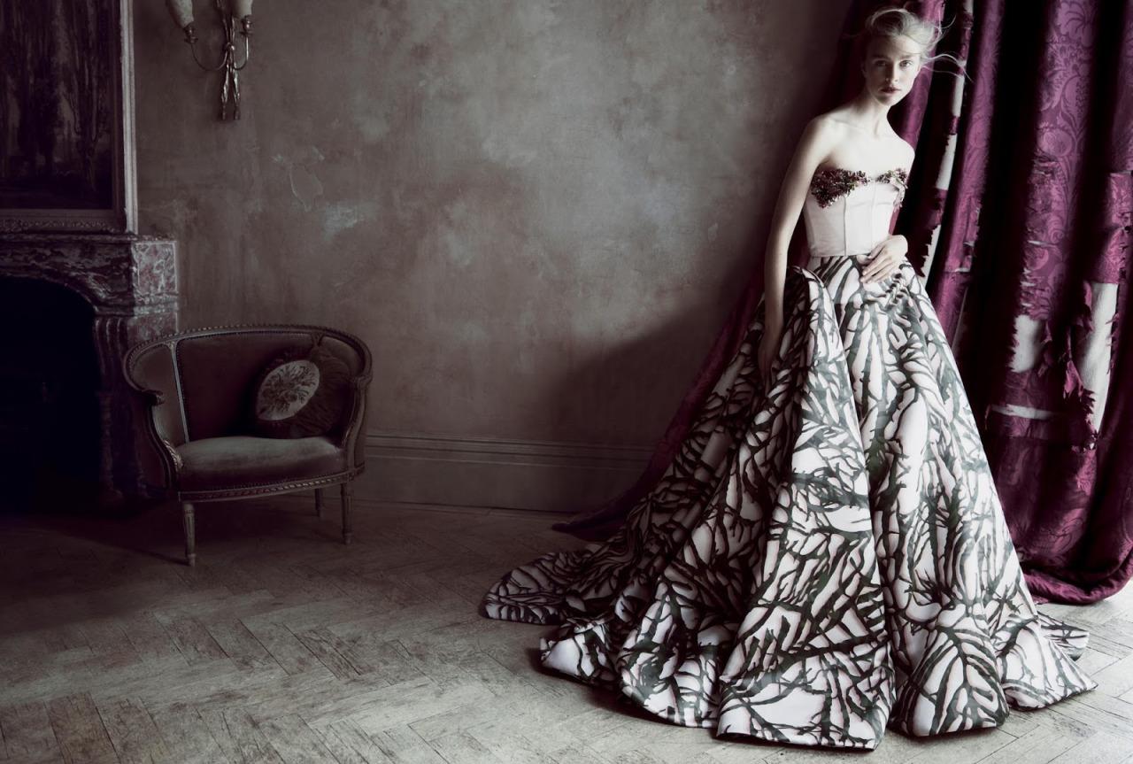платье и корсет из шелка, Giles Deacon Couture