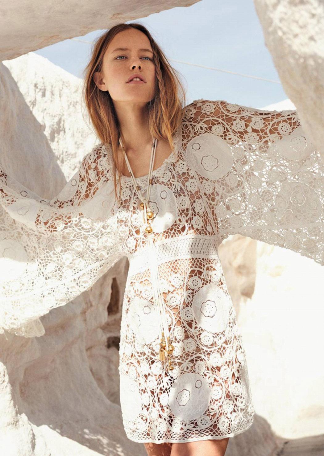 платье в стиле кроше, ожерелье из хлопка и латуни, Chloé