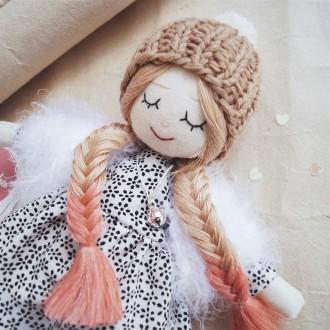 Куколка с розовыми косами, хлопок, холлофайбер, мериносовая и акриловая пряжа, 25 см